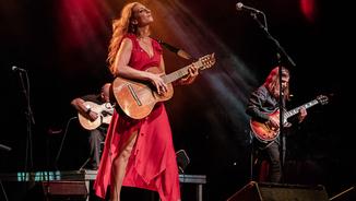 Tori Sparks: Energia roquera i fortalesa flamenca