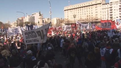 El govern argentí decreta l'emergència alimentària nacional per combatre la pobresa