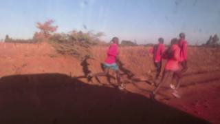 Marc Roig, un maratonià blanc a l'Àfrica