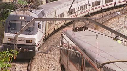 Tren descarrilat a Bellvitge