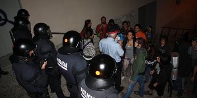 Els Mossos d'Esquadra desallotgen el rectorat de la Universitat de Girona