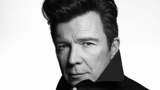 "5Songs #233: Rick Astley: ""Toco la bateria en un grup i versionem Sex Pistols i Foo Fighters"""