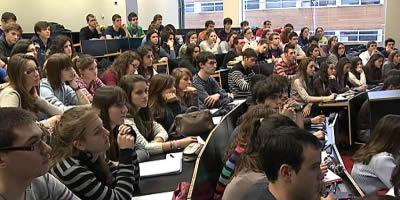 Estudiar a la universitat costa entre un 70% i un 290% més que fa sis anys