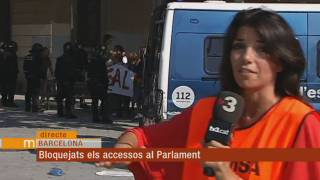 Artur Mas arriba al Parlament en helicòpter