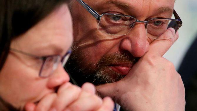 Schulz renuncia a ser ministre d'Exteriors i fa trontollar la coalició amb Merkel