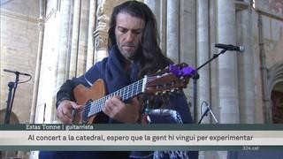 El festival de folk Músiques Disperses tanca la 12a edició a la Seu Vella amb el guitarrista ucraïnès Estas Tonne