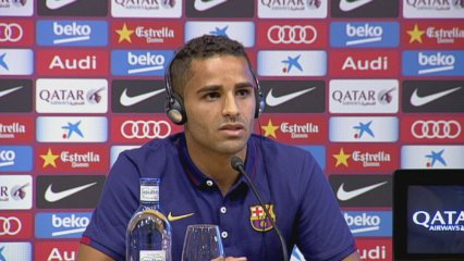 Douglas no vol comparar-se amb Alves