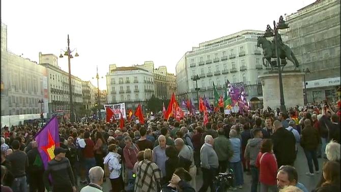 Concentració a Madrid per exigir la llibertat de Cuixart i Sànchez
