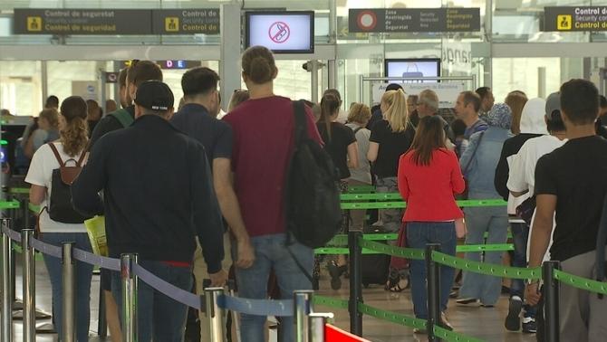 Els vigilants de seguretat del Prat podrien fer vaga en ple Mobile