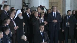 Putin, aclamat a Sèrbia