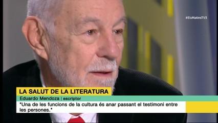 """Eduardo Mendoza: """"Una de les funcions de la cultura és anar passant el testimoni entre les persones"""""""