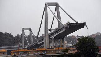 Tragèdia a Itàlia: Desenes de morts en l'enfonsament d'un viaducte a Gènova