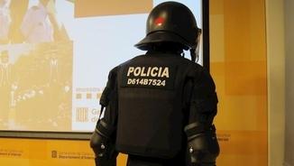 """Iridia: """"La identificació dels mossos haurà de ser simple i memoritzable, no un codi numèric"""""""
