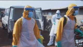 Més de 10.000 morts d'Ebola en un any