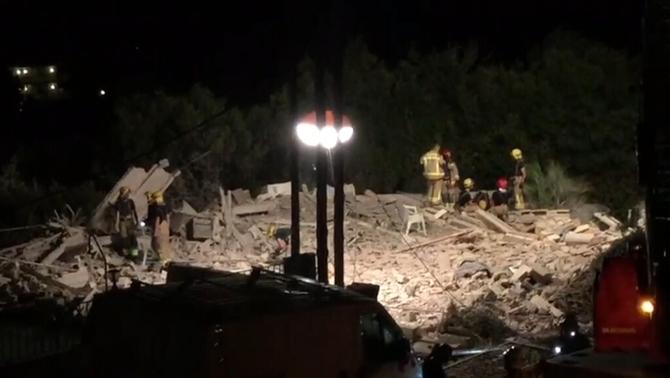 Un mort i set ferits a causa d'una explosió a Alcanar