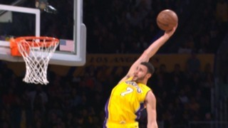 Top 3 de l'NBA: Larry Nance Jr. i els Lakers acaben amb els Spurs