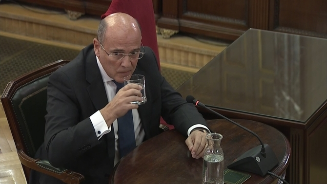"Pérez de los Cobos: ""The Mossos operative was designed to facilitate 1-O"""