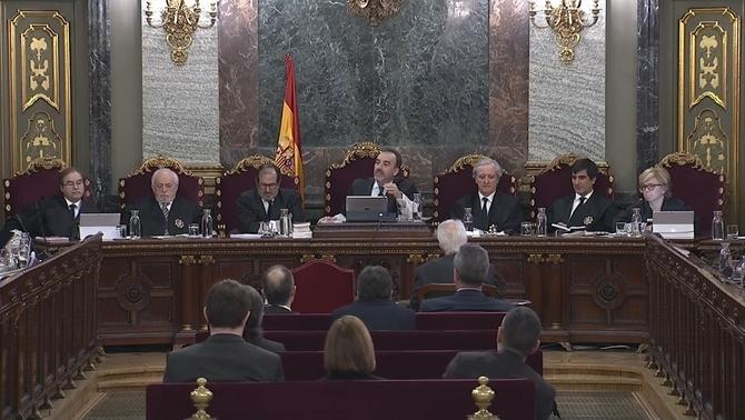"""Marchena a Salellas per un testimoni: """"Això és un insult per als membres del tribunal"""""""
