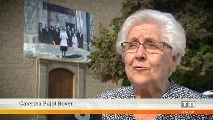 El poble d'Avià, al Berguedà, dedica una exposició a la gent gran amb fotografies de gran format als seus carrers