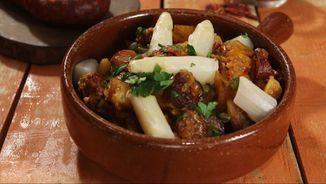 https://www.ccma.cat/tv3/cuines/recepta/patates-a-la-riojana/21455/