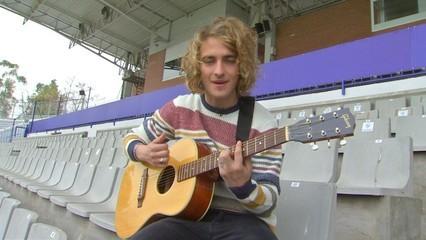 Manel Navarro, el cantant sabadellenc que anirà a Eurovisió