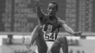 Bob Beamon: un salt de 23 anys