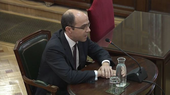 Montoro's second in-command admits that there is no evidence for misuse of public funds for the 1-O referendum