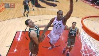 Top3 NBA: Kawhi sotmet els Bucks