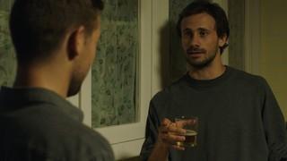 Cap. 35 - El millor moment: el Pol confessa al seu germà que està enamorat de la Tània