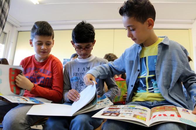 Alumnes de 9 anys de l'escola Puigberenguer de Manresa editen un llibre per explicar com és la vida de les persones refugiades