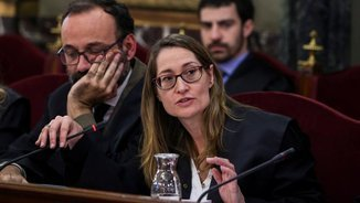 "Marina Roig states that the prosecution may have ""worked on"" the testimony of Guardia Civil officers"