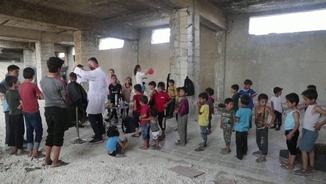 Barbers voluntaris per als nens sirians en temps de coronavirus