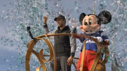 Nick Foles, rebuda de dibuixos animats a Disney World