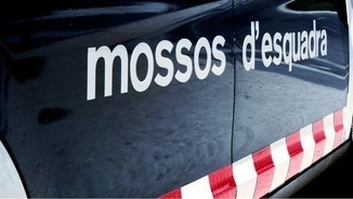 Part posterior d'una furgoneta dels Mossos