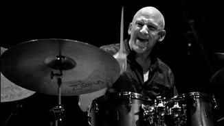 El bateria Adam Nussbaum amb Kirk Knuffke, Richie Beirach i Stephen Reilly i Ole Matthiesen