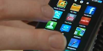 Un creador d'aplicacions de 14 anys és el participant més jove del congrés de mòbils