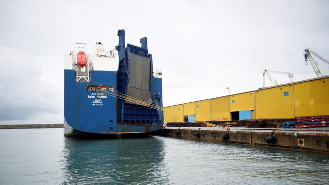 Estibadors italians es neguen a carregar armes en un vaixell saudita