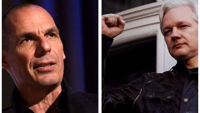 Assange i Varufakis surten en defensa del referèndum