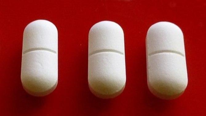 Prendre altes dosis d'ibuprofèn durant molt de temps pot provocar infertilitat en homes