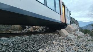 Es reprèn el servei de tren entre Balaguer i la Pobla de Segur, interromput per una esllavissada