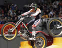 "Toni Bou ja suma sis mundials ""indoor"" i cinc ""outdoor"""