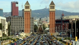 Taxis vs Uber - Barcelona, hotspot of the conflict in Europe