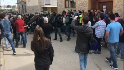 Intervenció de la Guàrdia Civil a Sant Martí Sesgueioles