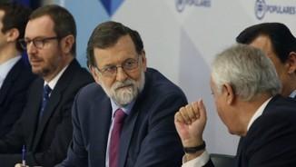 Rajoy avisa que si Puigdemont pren possessió des de Brussel·les mantindrà el 155