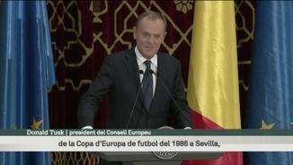 Tusk celebra la presidència europea de Romania recordant la Champions de l'Steaua contra el Barça