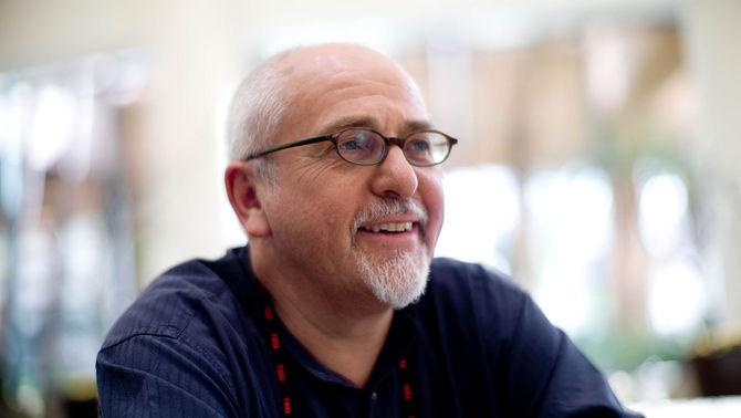 """Peter Gabriel cedeix a l'ANC la cançó """"In your eyes"""" per internacionalitzar el judici"""