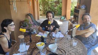 "Sílvia Munt i Ramon Madaula: ""Hem intentat meditar, però ens agafa el riure"""