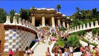 Barcelona vol regular l'afluència de gent al Park Güell