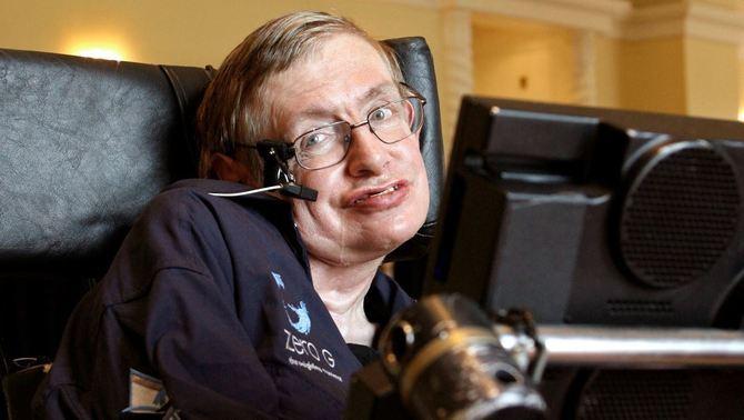 Mor Stephen Hawking, el físic que va obrir nous camins sobre l'origen de l'univers