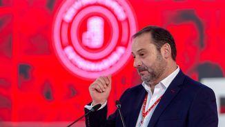 El secretari d'organització del PSOE, José Luís Ábalos, durant l'acte del partit dissabte a Mérida (EFE)